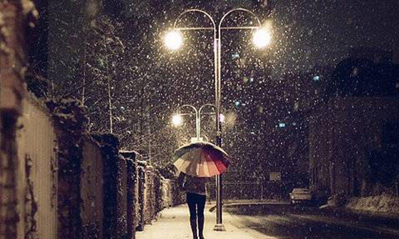 آن شب که برف می بارید