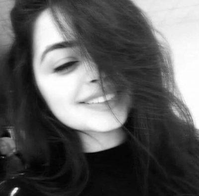 لبخند غمگین